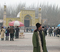 Kashgar's Id Kah Mosque in winter