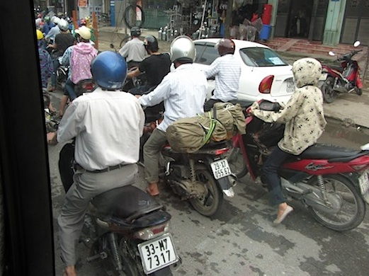 Pix motorbikes in hanoi