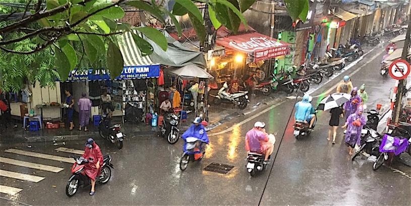 Pix rainy Hanoi